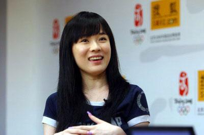 图:百位明星支持北京奥运 —— 霍思燕