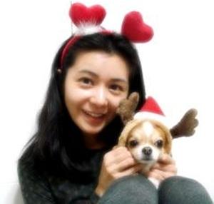 张瑞希与小狗狗