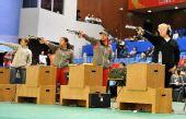 图文:女子10米气手枪决赛 金牌竞争紧张激烈