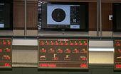 图文:男子10米气手枪 庞伟预赛成绩记分牌