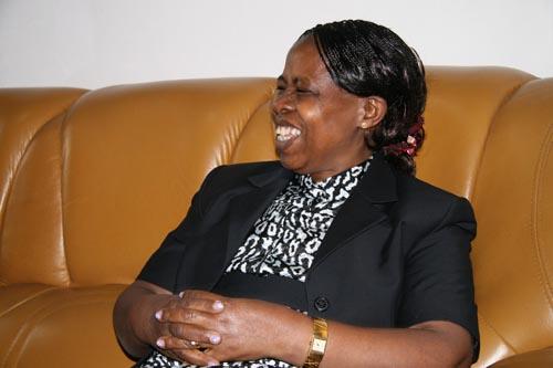 坦桑尼亚驻中国公使海伦女士