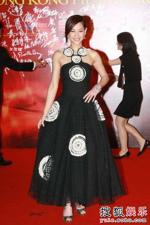图:第27届香港电影金像奖红毯-徐子珊-搜狐娱乐