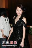 组图:第27届香港电影金像奖-邓丽欣后台亮相