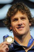 图文:短池世锦赛第5日 罗切特破纪录展示金牌