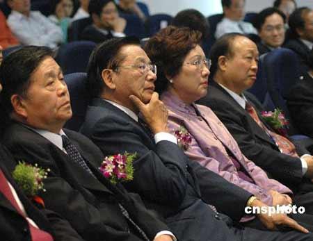 中国国民党副主席江丙坤(资料图)。 中新社发 姜振华 摄