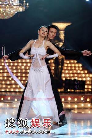 戴菲菲闪耀《舞林大会》