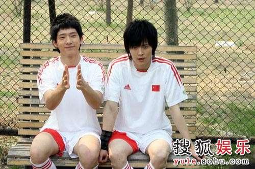 BOBO组合大秀球技 演绎别样双城记忆—05