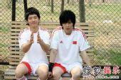 BOBO组合大秀球技 演绎别样双城记忆―05