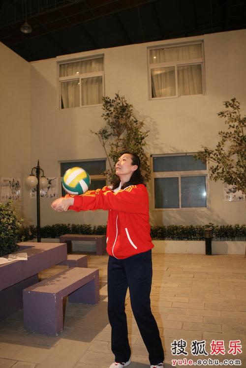 《奥运在我家》迎来前女排李国君崔咏梅—05