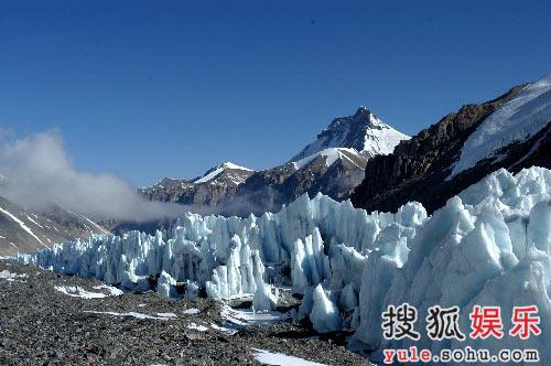 东绒布冰川