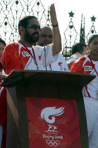 印度奥委会主席卡尔马迪致辞