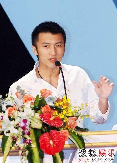 群星《北京欢迎你》 林志玲谢霆锋助阵全球首发