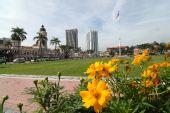 图文:奥运圣火21日吉隆坡传递 景观独立广场