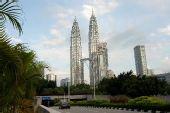 图文:圣火21日吉隆坡传递 标志性建筑双峰塔