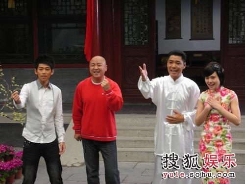 MV拍摄现场与屠洪刚等