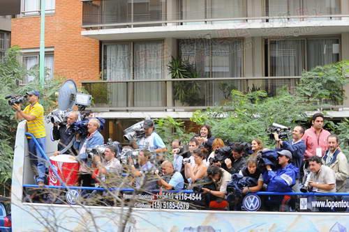 阿根廷当地的媒体车