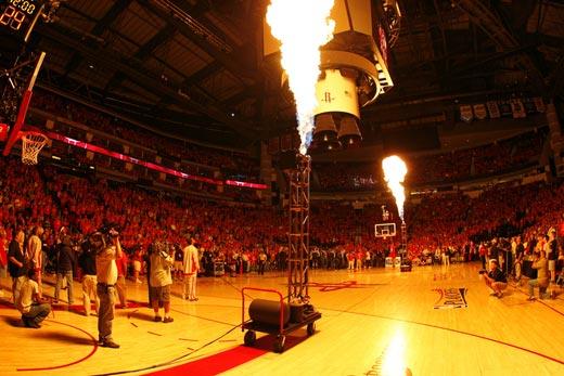 图文:[NBA]火箭战爵士 特技火箭腾飞