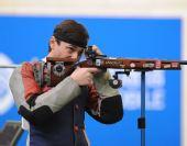 图文:男子50米步枪三姿赛 科瓦连科获季军