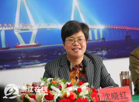 海盐县委副书记、县长沈晓红