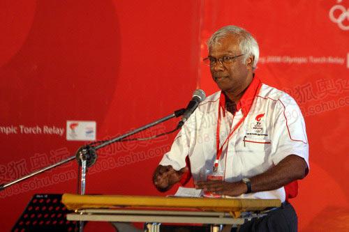 图文:马来西亚奥运理事会副主席苏立致辞
