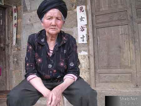 乱伦文我与奶奶_吴国兵二奶奶心痛地讲起孙媳妇苏红与杜凤华的旧事