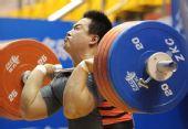 图文:全国锦标赛105公斤级比赛 王海龙出场