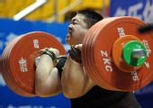 图文:全国锦标赛105以上公斤级 高乐发力瞬间