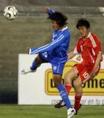 图文:[热身]国足VS萨尔瓦多 胡兆军在比赛中