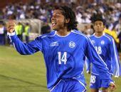 图文:[热身]国足VS萨尔瓦多 哥拉里斯庆祝