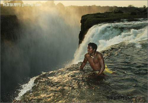 世界上令人向往的十大美丽水上奇观[图]