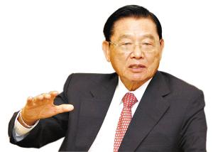 江丙坤。记者卢政 摄