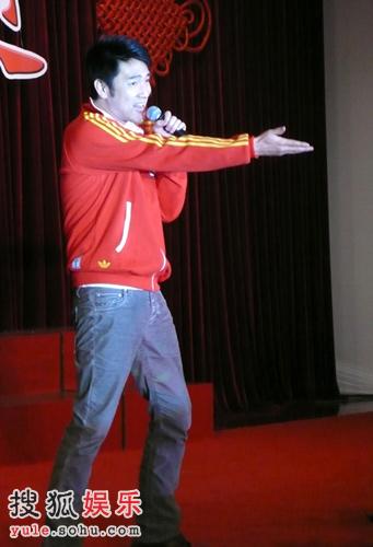 林依轮献唱中国奥运军团