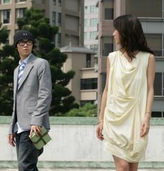 薛凯琪和方大同是绯闻情侣,二人在薛凯琪的新专辑中有合作