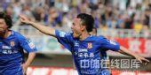 图文:[中超]陕西2-1北京 庆祝进球