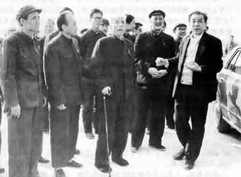 王震在新疆_王震谈改革开放(组图)