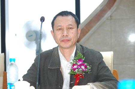 文新联合报业集团副社长 陈保平发言