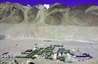 珠峰大本营全貌