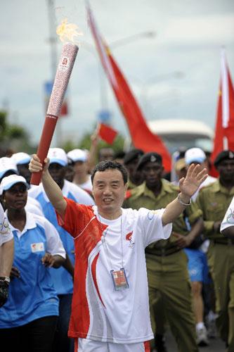 中国驻坦桑尼亚大使刘昕生