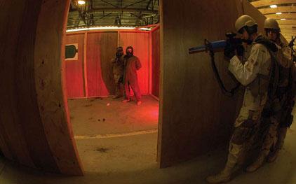 设置了人质情境的用于执行特殊训练任务的怀俄明州Guernsey营地。第90地面训练中队为安全组织提供护送安全、狙击手和近距离作战训练。
