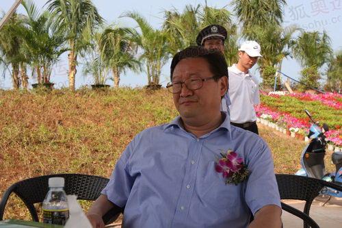 海南省委常委、三亚市委书记江泽林接受采访