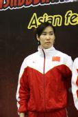 图文:亚锦赛中国女花团体折桂 露出久违笑容