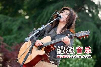 首届杭州西湖现代音乐节现场 清新演唱