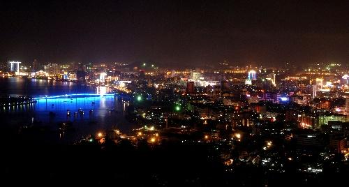 美丽的三亚夜景