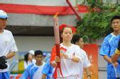 组图:香港圣火传递星光熠熠 乒乓球明星帖雅娜