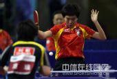 图文:乒乓球超级明星热身赛 李晓霞拿下比赛