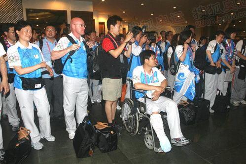 运行团队抵达亚泰酒店