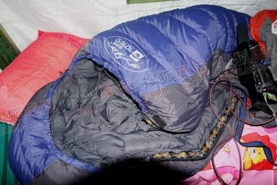 探路者的睡袋,在五千米的大本营,保温性能不错