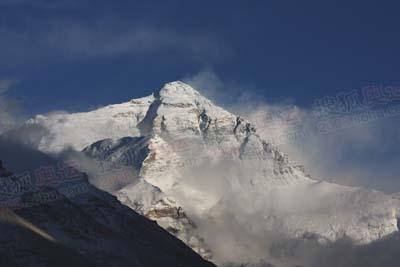 5月3日傍晚-雪后初霁的珠峰