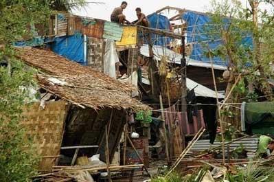 缅甸遭受风暴袭击 受灾现场图