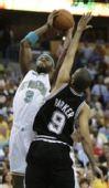图文:[NBA]佩特森投篮